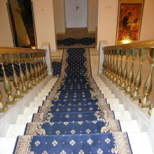 Wool runner carpets