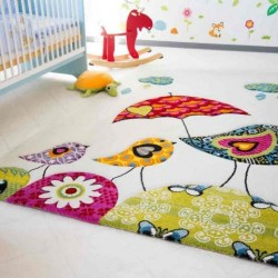 How to choose a carpet in the nursery