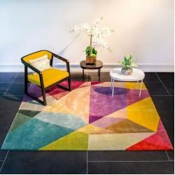 Цветные ковры в декоре интерьера
